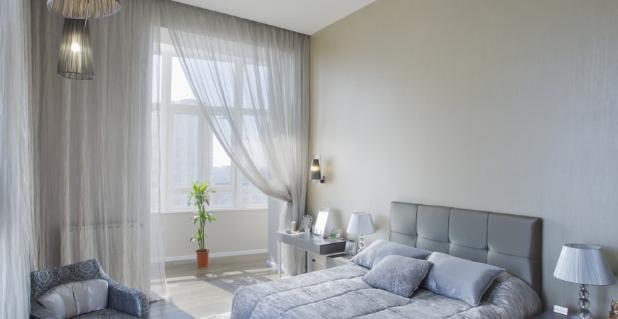apartment-bedroom-window-coverings