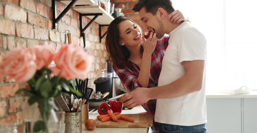 couple-together-kitchen